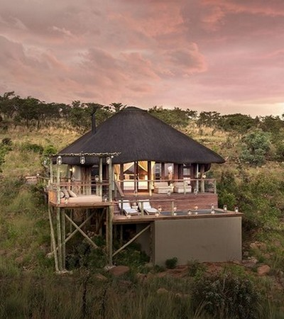 Mhondoro-Game-Lodge-Honeymoon-in-South-Africa
