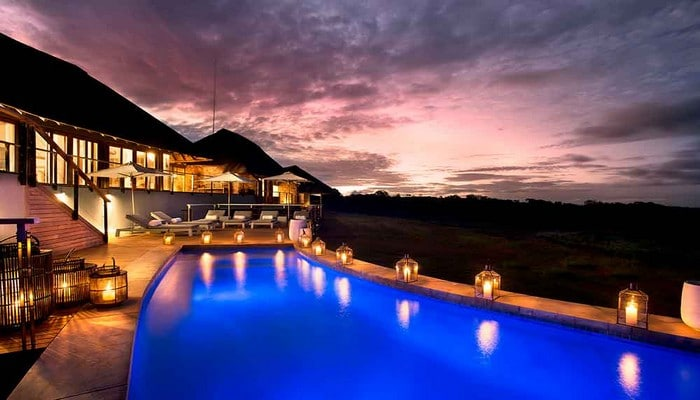 Mhondoro-Game-Lodge-Safari-Welgevonden-Pool-Villa