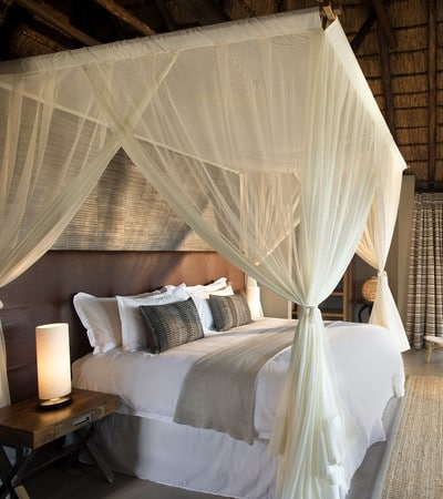 Mhondoro-Safari-Lodge-Honeymoon