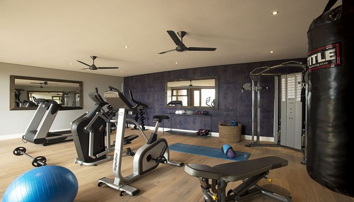 mhondoro-game-lodge-gym-sportcenter